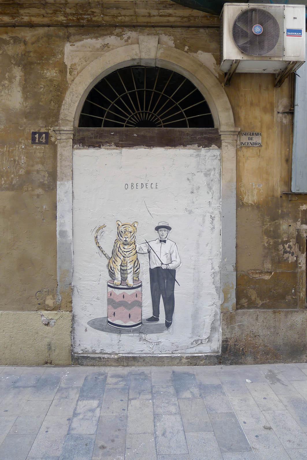 escif-obedece-new-mural-in-valencia-02