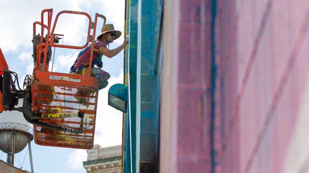hense-new-mural-in-detroit-01
