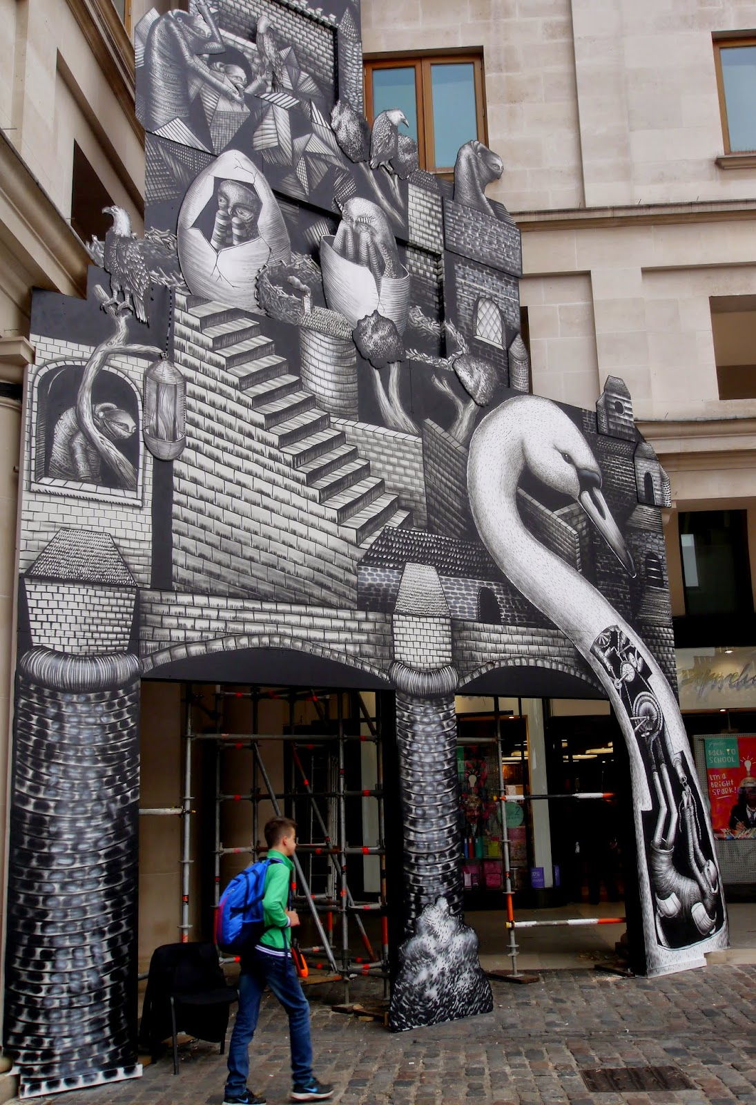 phlegm-for-the-royal-opera-house-london-03
