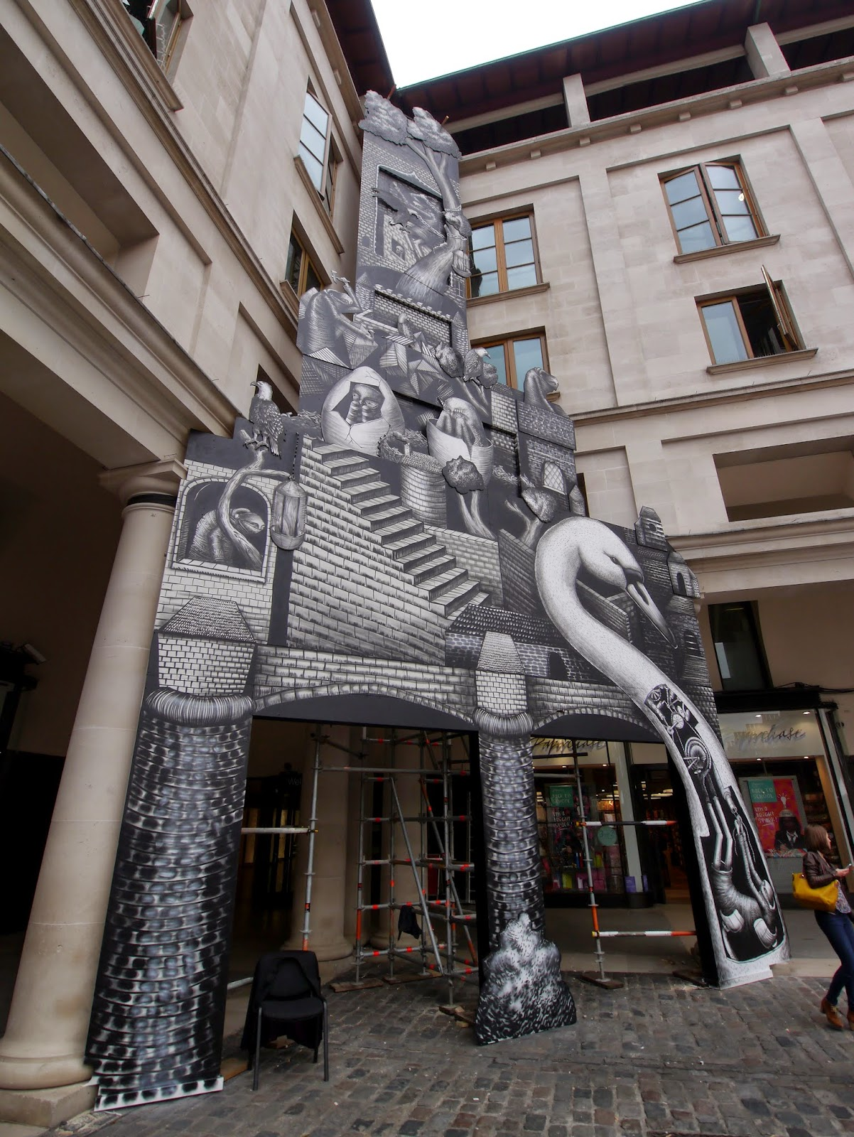 phlegm-for-the-royal-opera-house-london-04