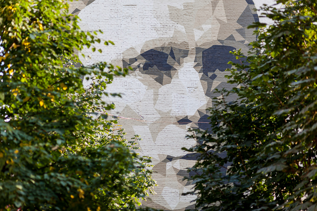zukclub-new-mural-in-moscow-02
