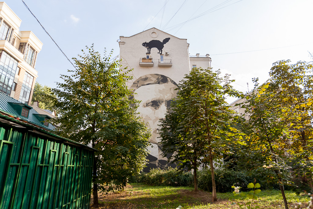 zukclub-new-mural-in-moscow-05