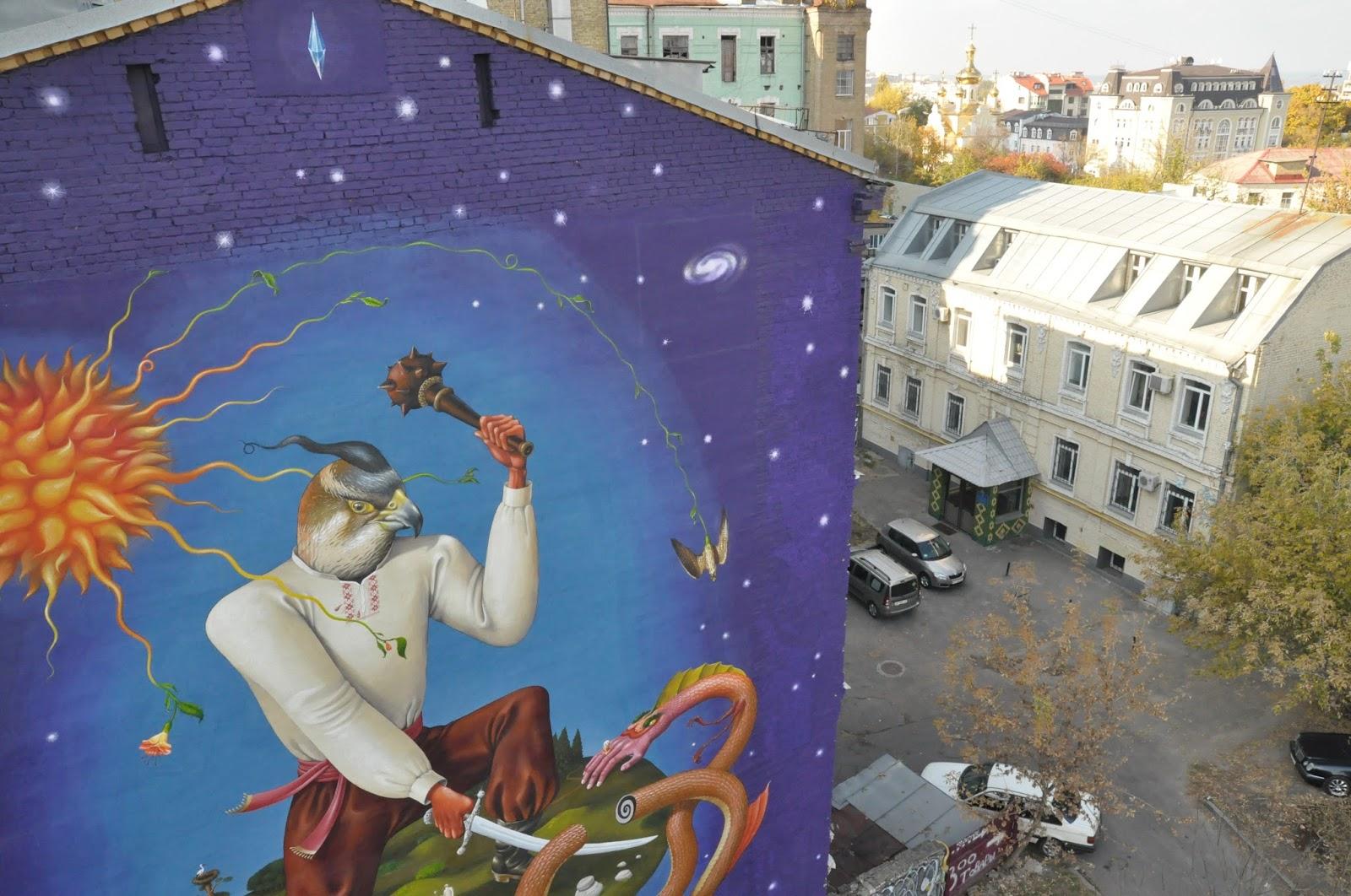 interesni-kazki-mural-in-kiew-ukraine-06