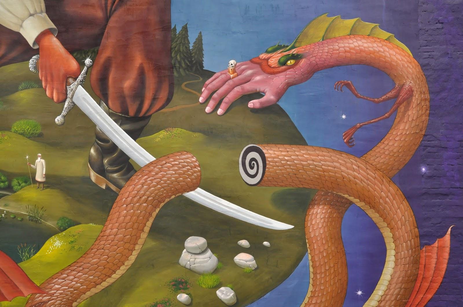 interesni-kazki-mural-in-kiew-ukraine-11