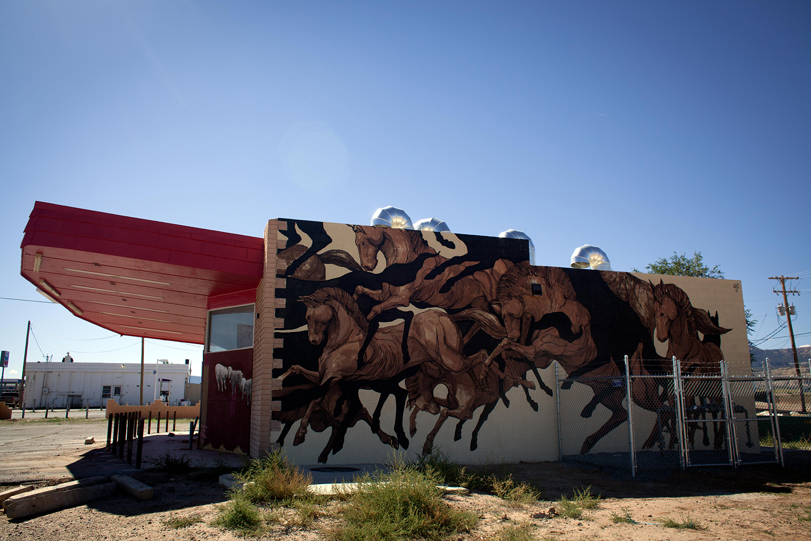 jaz-for-the-painted-desert-project-in-arizona-01