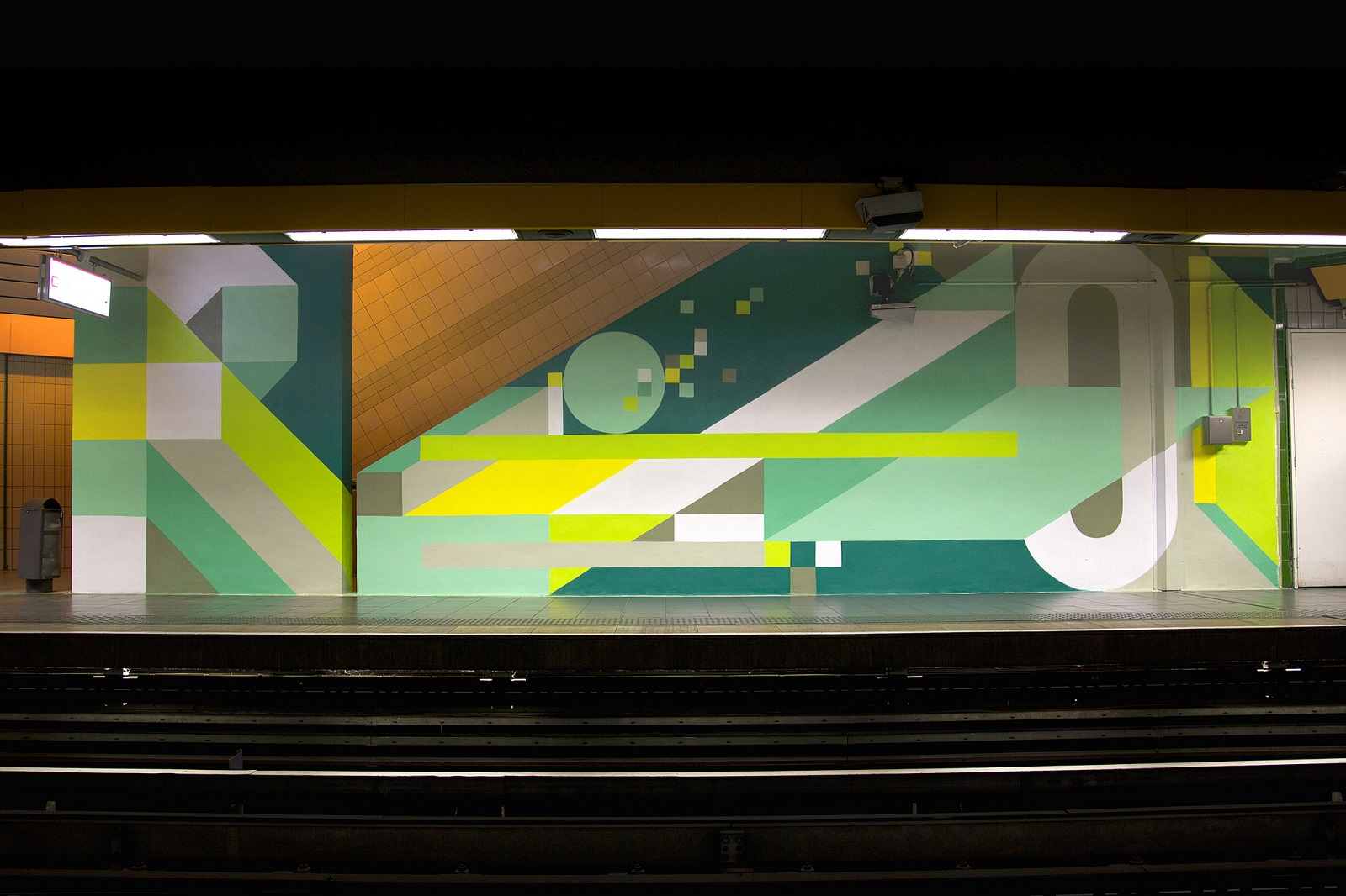 nelio-new-mural-at-station-mermoz-in-lyon-02