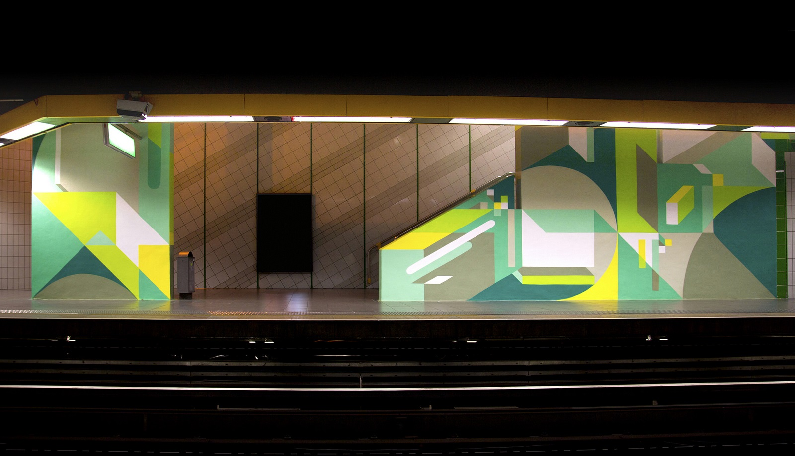 nelio-new-mural-at-station-mermoz-in-lyon-03