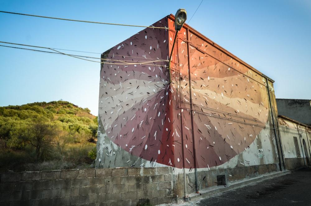 tellas-muralismo-ruralismo-in-intireddu-sardinia-03