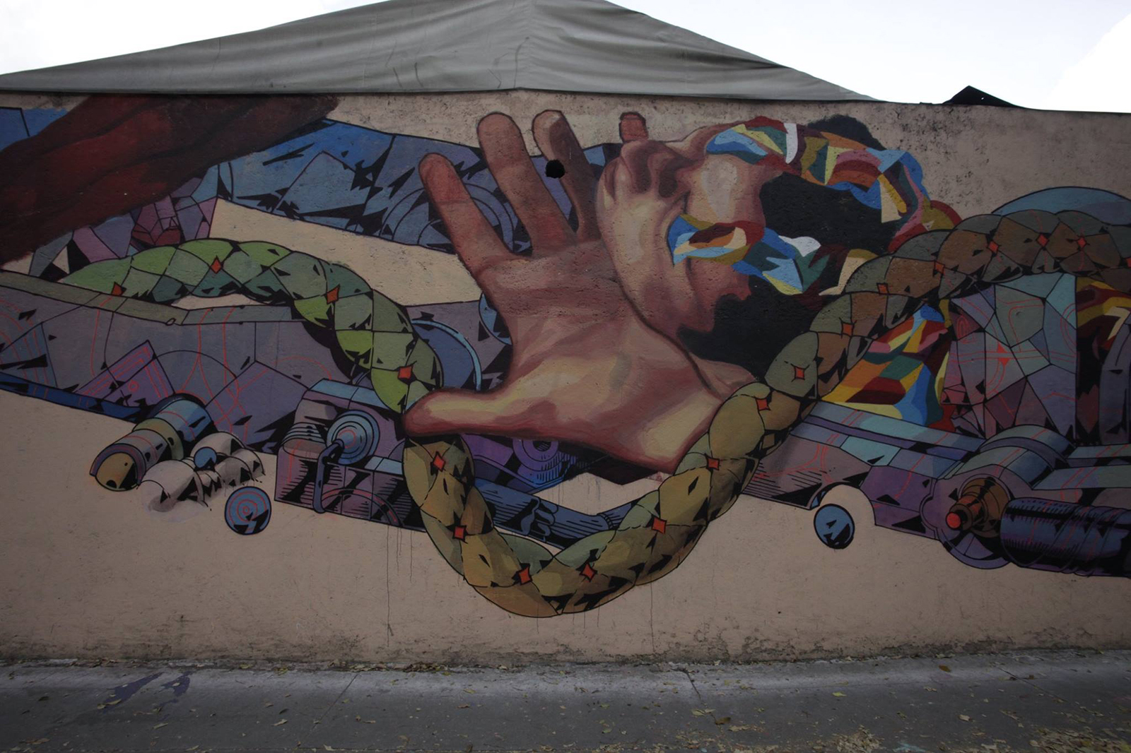ever-smithe-new-mural-in-mexico-city-02