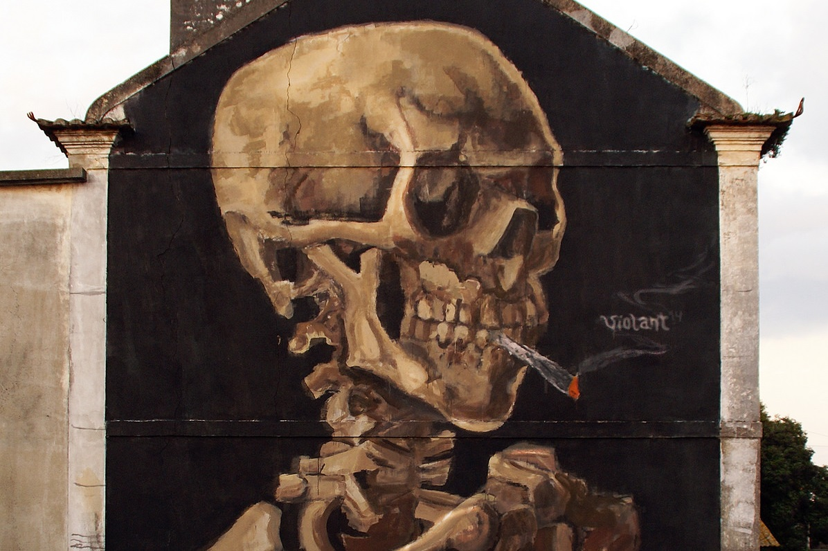 violant-skull-with-a-burning-joint-new-mural-01