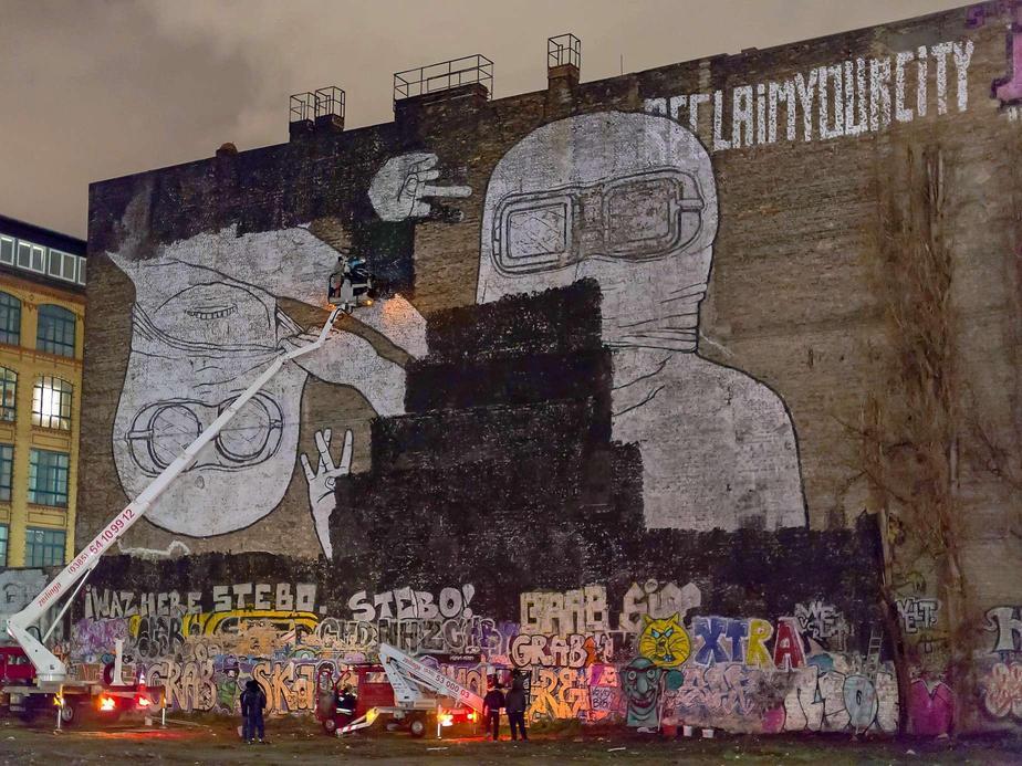 blu-murals-buffed-in-berlin-02