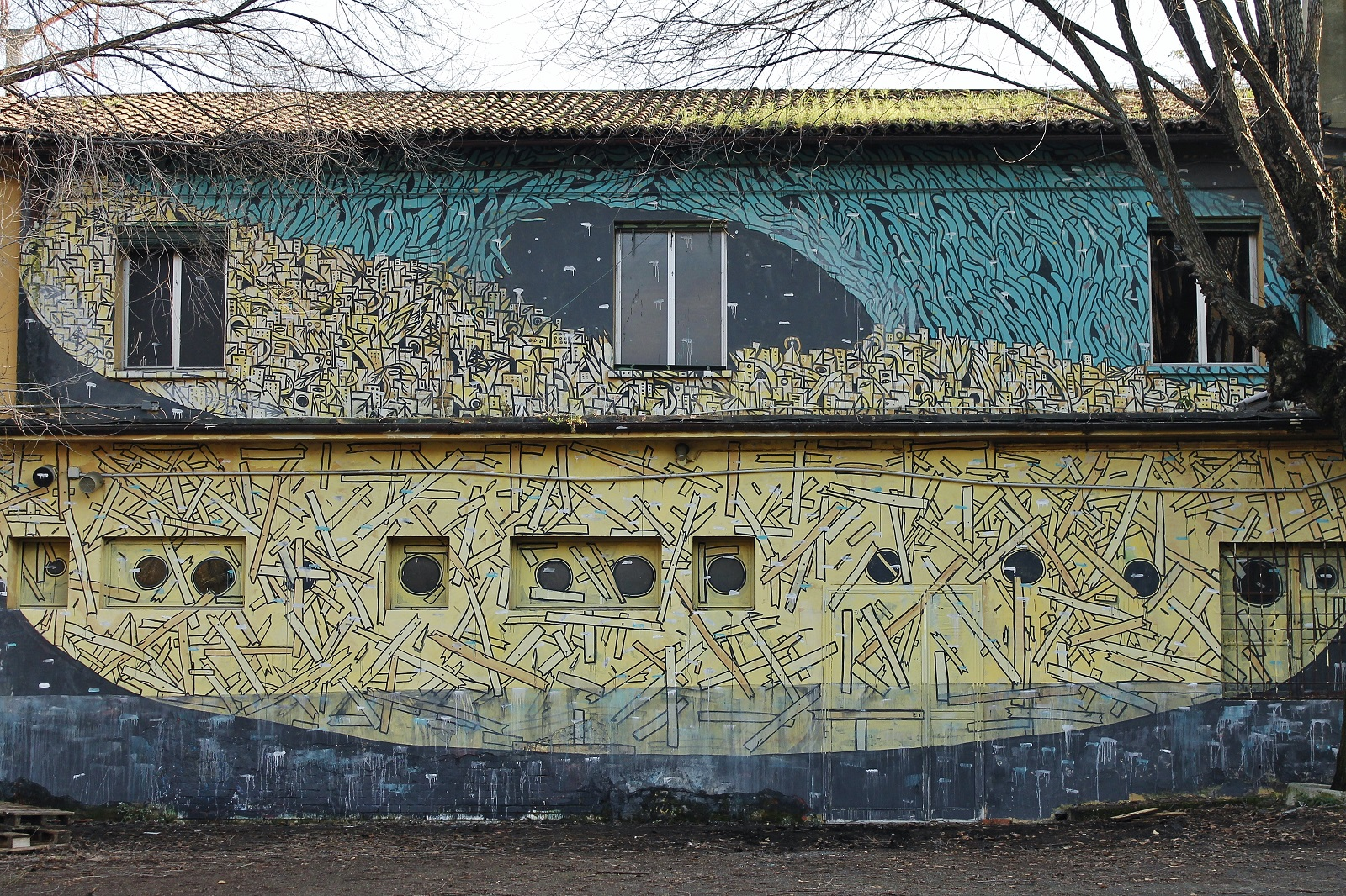 crisa-new-mural-at-labas-in-bologna-02