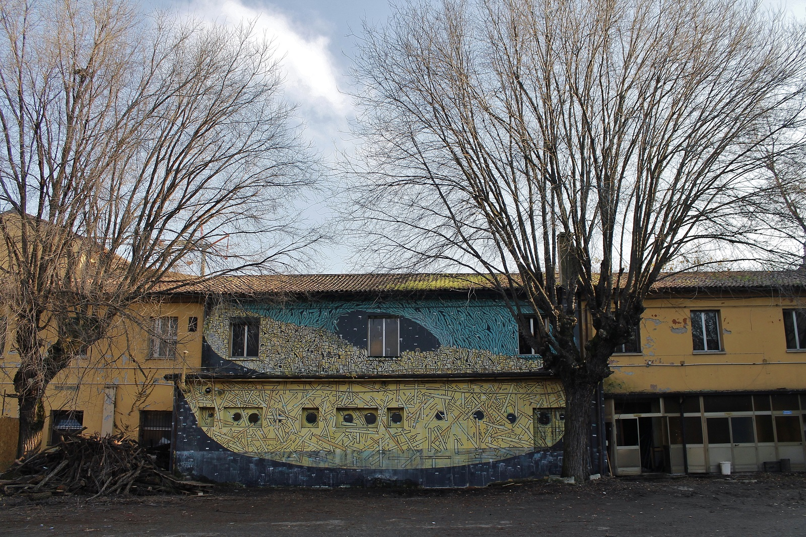 crisa-new-mural-at-labas-in-bologna-04
