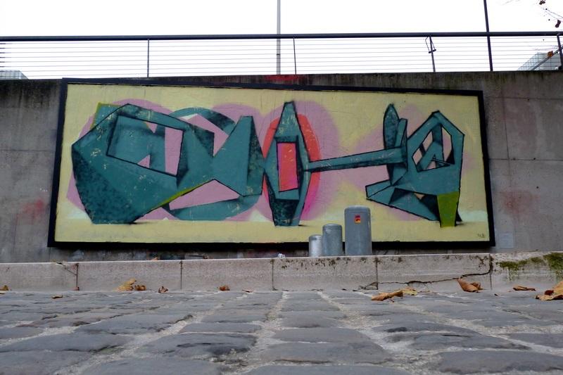 jeroen-erosie-new-piece-at-le-mur-xiii-01