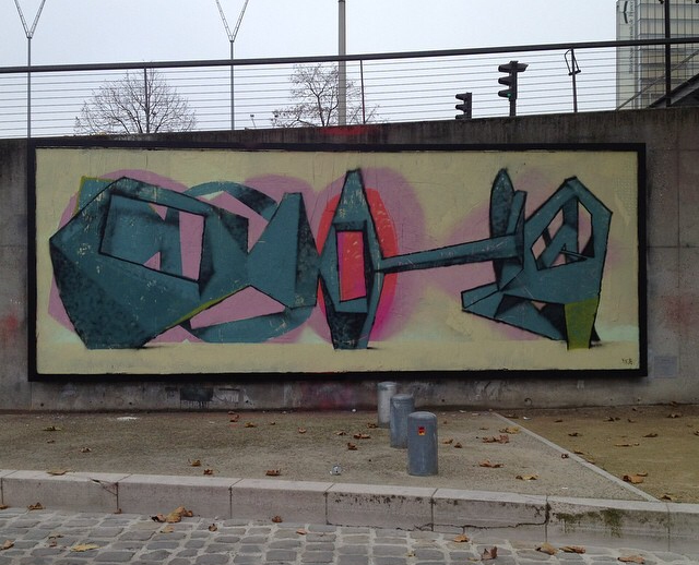 jeroen-erosie-new-piece-at-le-mur-xiii-03