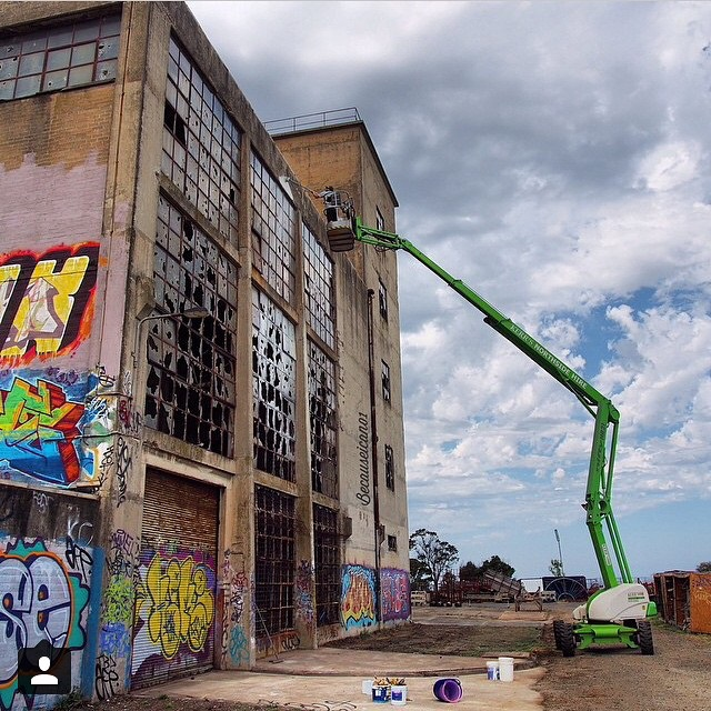 rone-broken-window-theory-in-geelong-australia-02