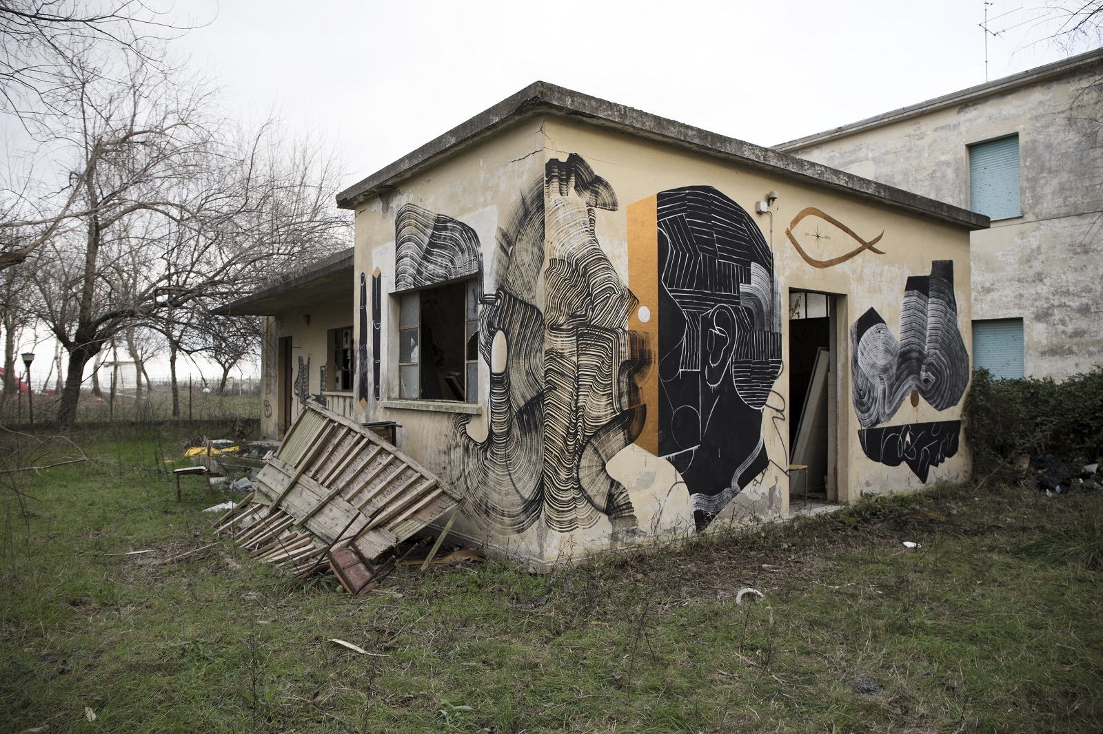 2501-basik-new-mural-in-rimini-02