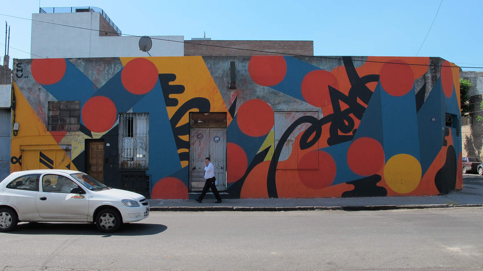 chu-new-mural-in-buenos-aires-01