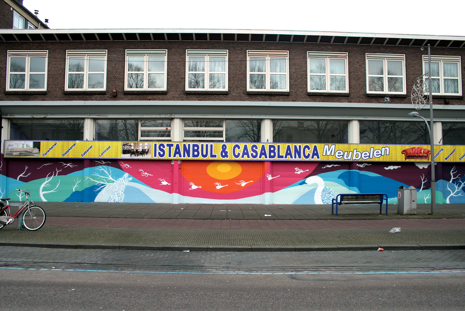 gola-hundun-4-seasons-new-mural-in-amsterdam-01