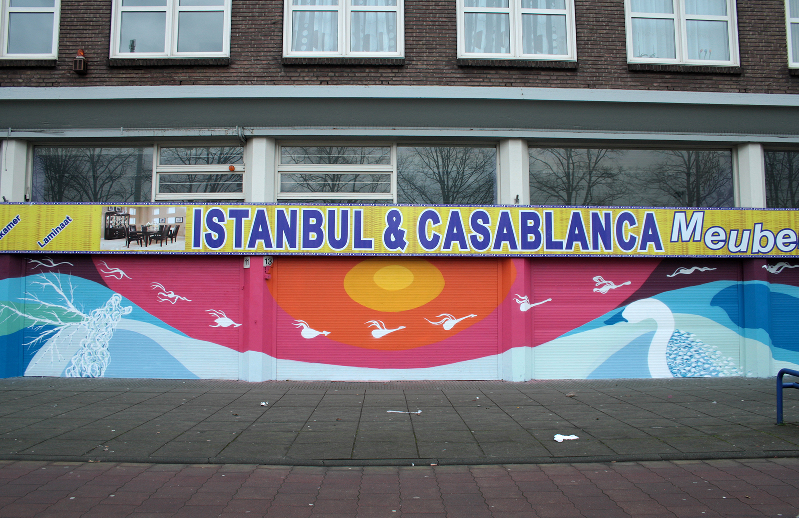 gola-hundun-4-seasons-new-mural-in-amsterdam-02