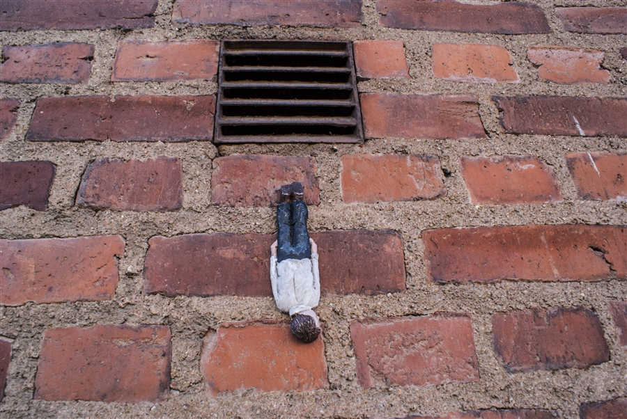 isaac-cordal-for-no-limit-boras-festival-07