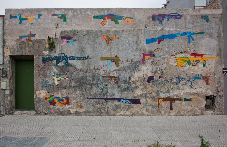 amor-guns-new-mural-01