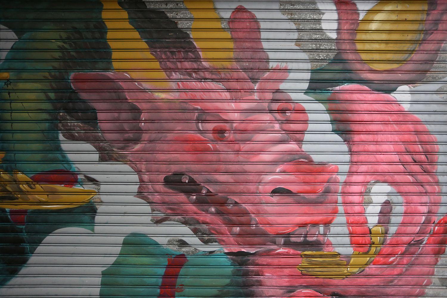 barlo-new-shutter-at-stanley-market-hong-kong-02