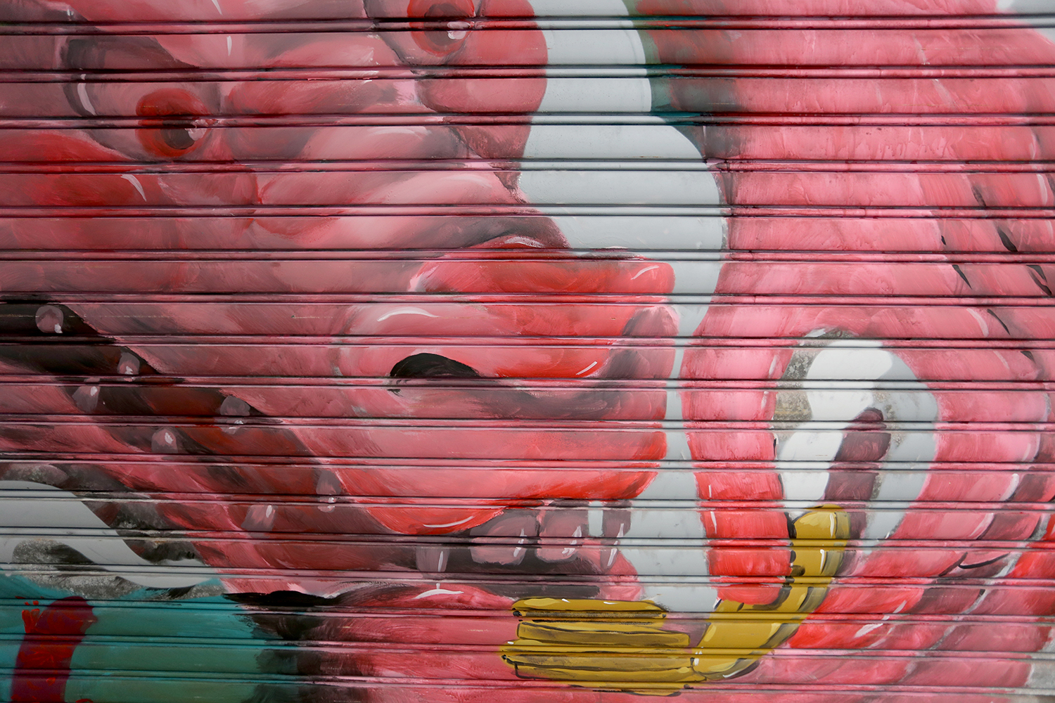 barlo-new-shutter-at-stanley-market-hong-kong-04