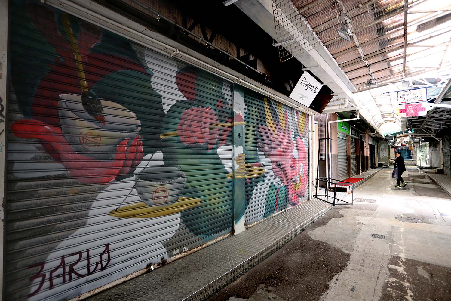 barlo-new-shutter-at-stanley-market-hong-kong-08