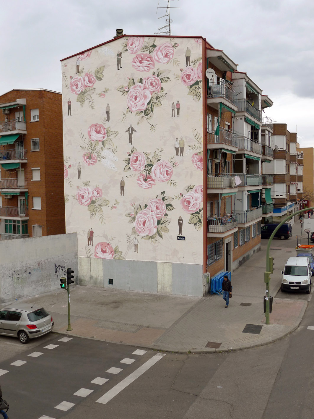 escif-new-mural-in-madrid-spain-01