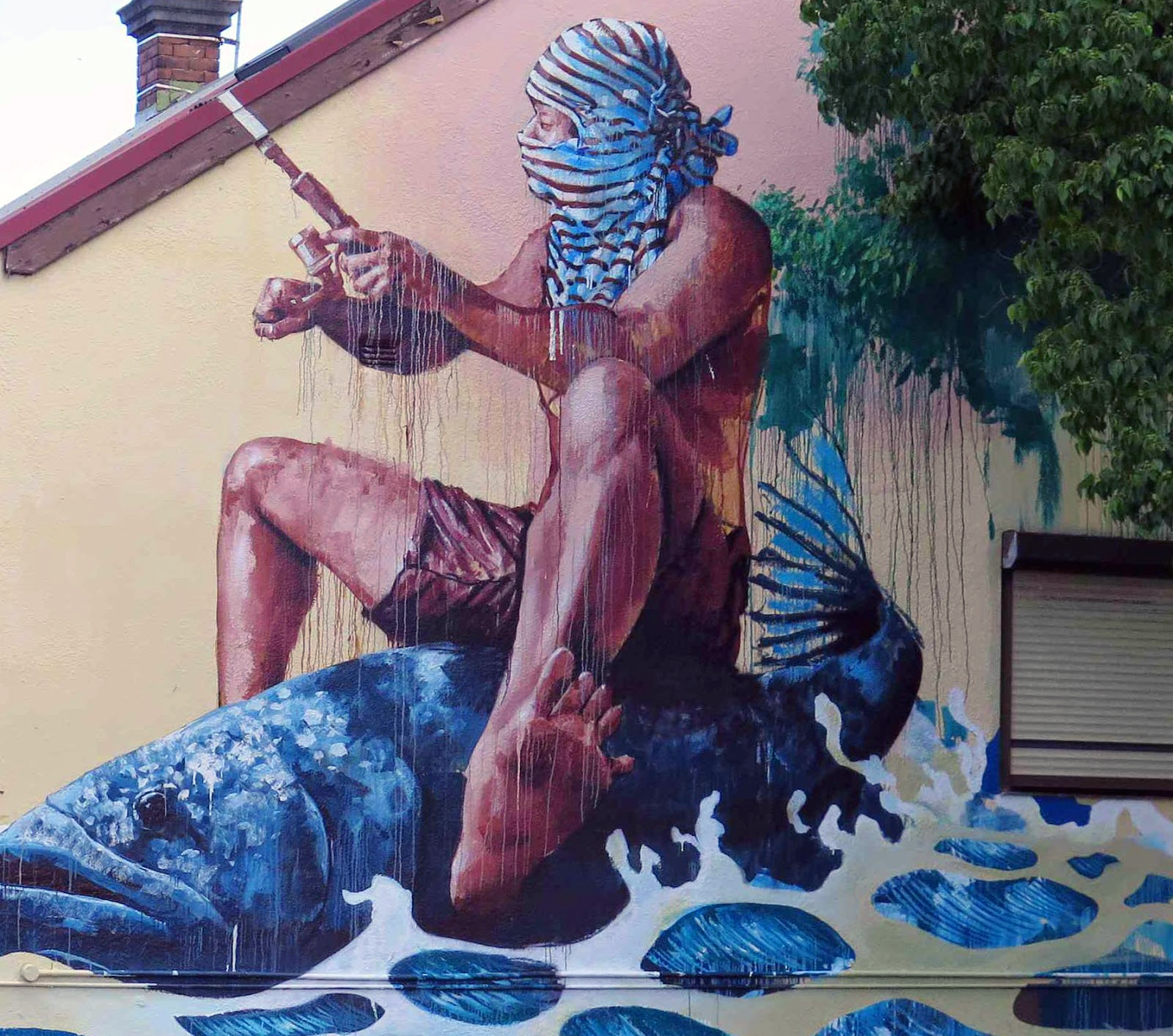 fintan-magee-new-mural-in-leichhardt-sydney-03