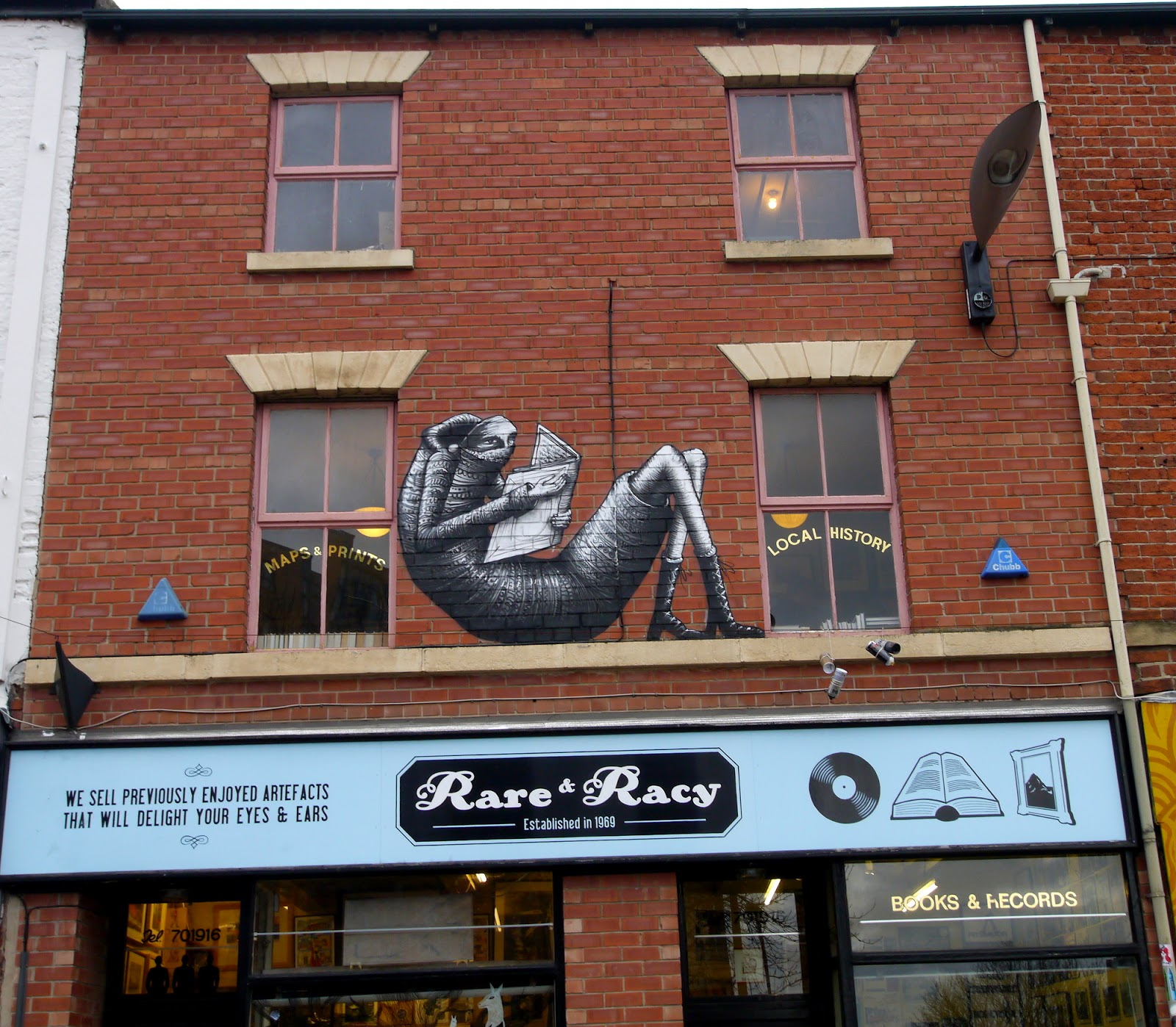 phlegm-rare-and-racy-new-mural-in-sheffield-01