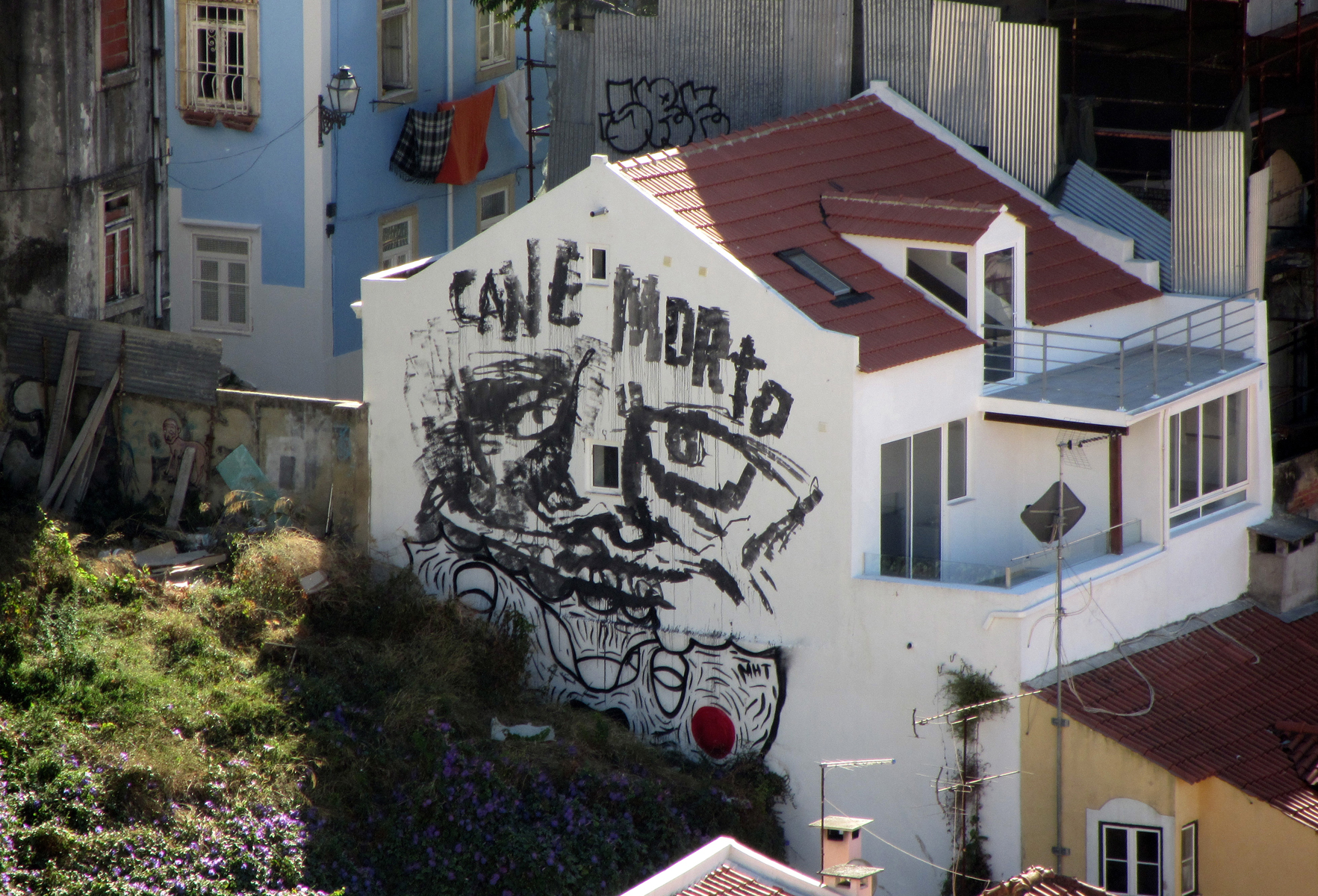 -a-series-of-murals-in-lisboa-32