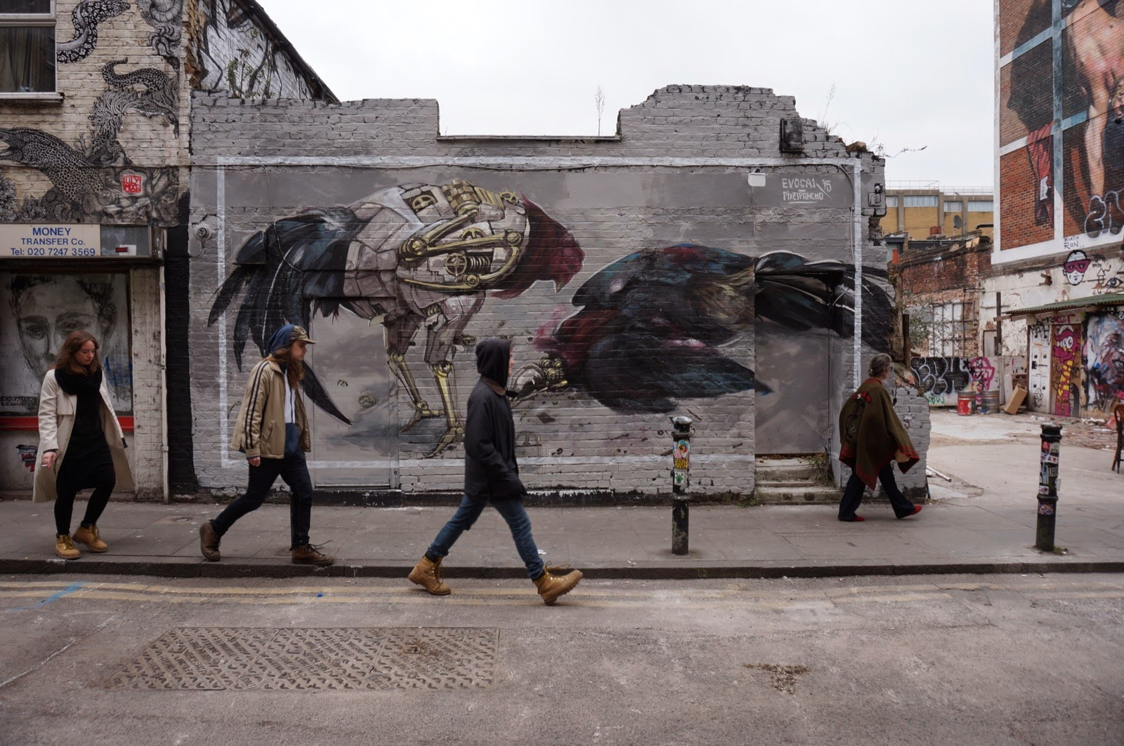 pixel-pancho-evoca1-new-mural-in-london-04