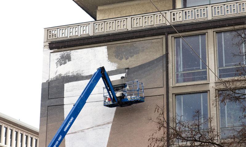 blu-new-mural-in-munich-04