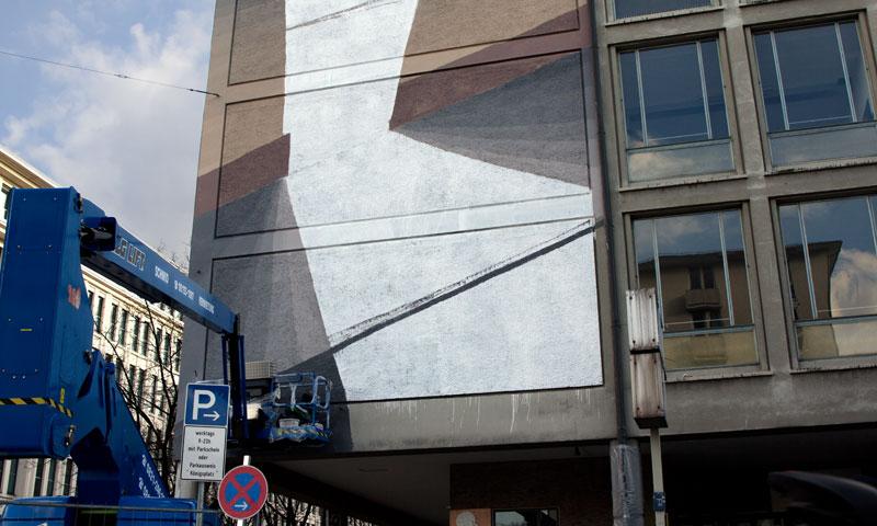 blu-new-mural-in-munich-05