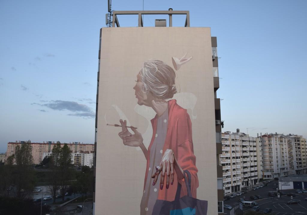 etam-cru-new-mural-in-lisbon-by-sainer-02