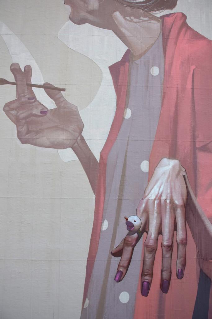 etam-cru-new-mural-in-lisbon-by-sainer-03
