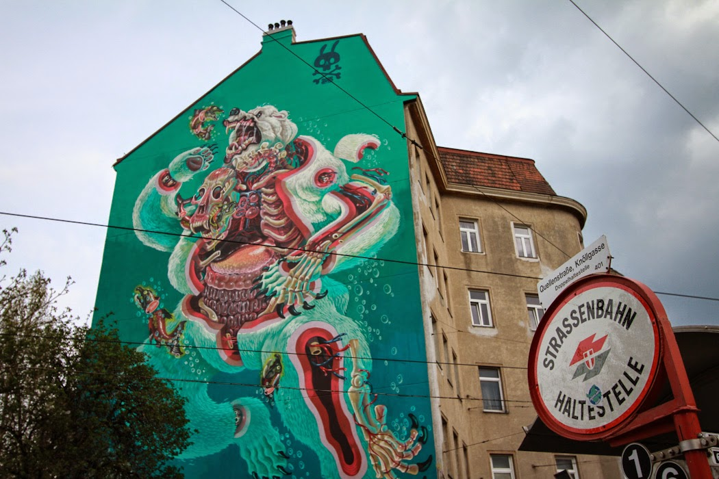 nychos-dissection-of-a-polar-bear-in-vienna-07