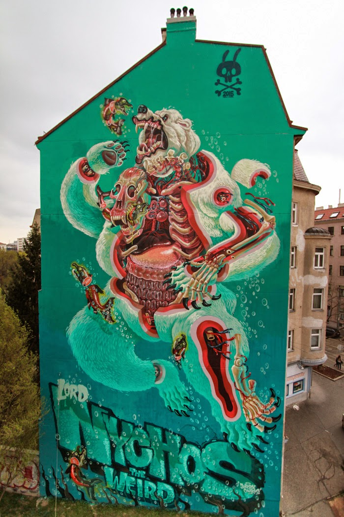 nychos-dissection-of-a-polar-bear-in-vienna-10