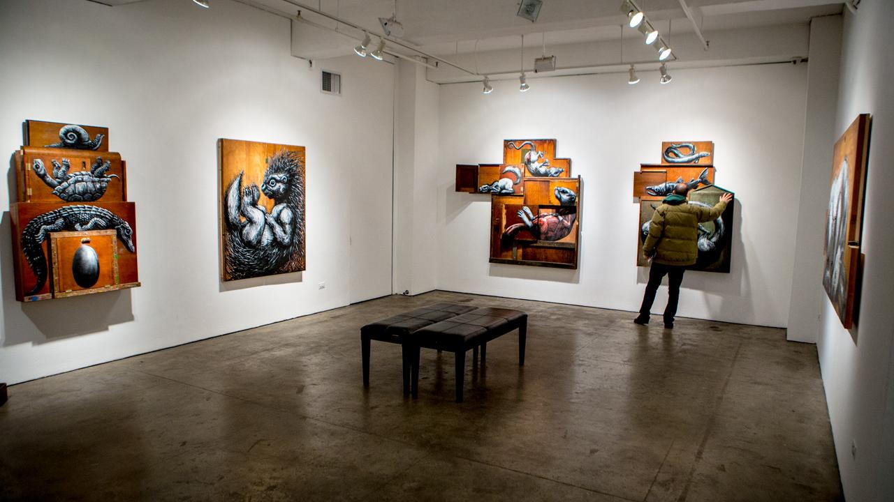roa-metazoa-at-jonathan-levine-gallery-recap-01
