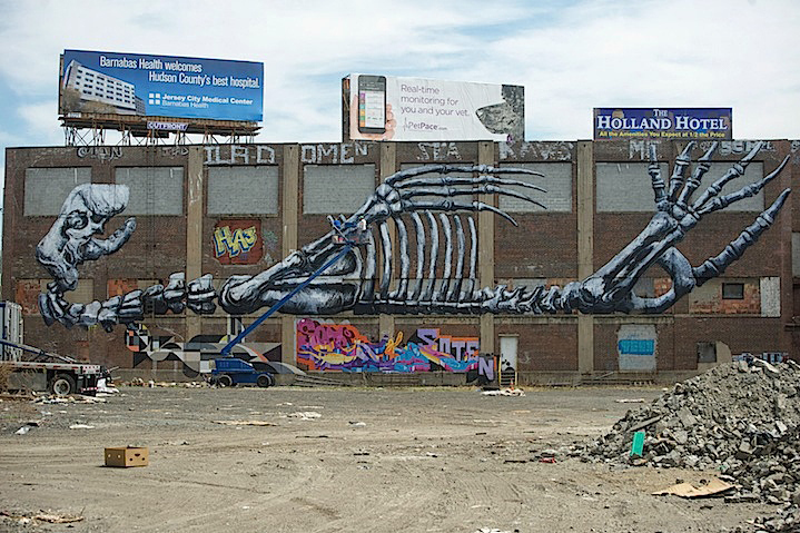 ROA – New Mural in Jersey City, New York