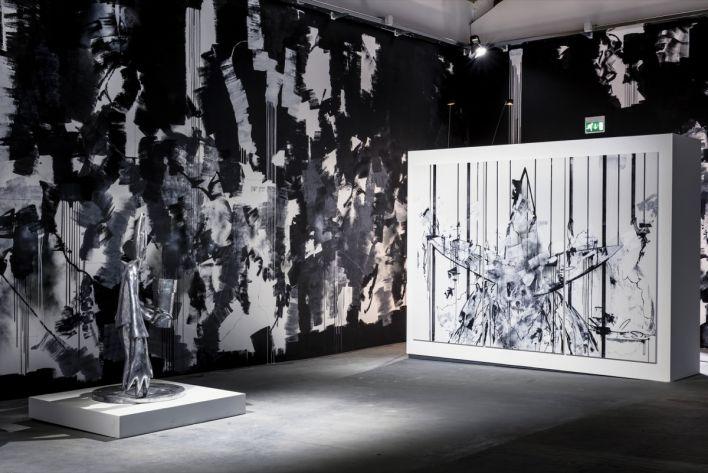 bridges-of-graffiti-at-venice-biennale-2015-recap-09