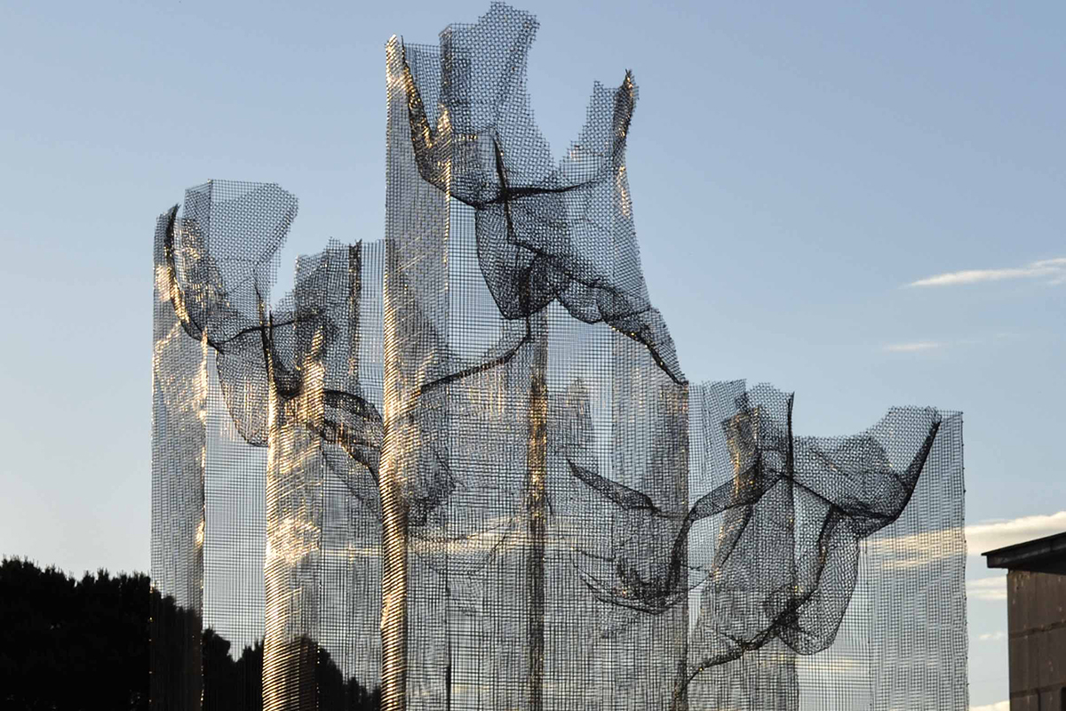 edoardo-tresoldi-new-installation-in-siena-03