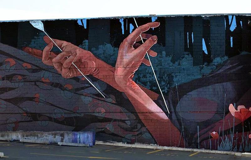 etam-cru-new-mural-in-dunedin-by-bezt-03