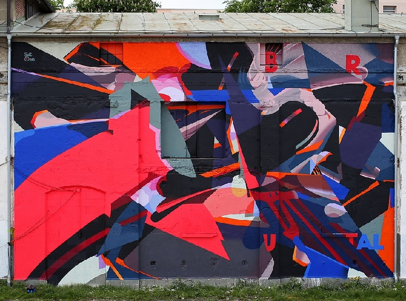 satone-brutal-new-mural-in-munich-02