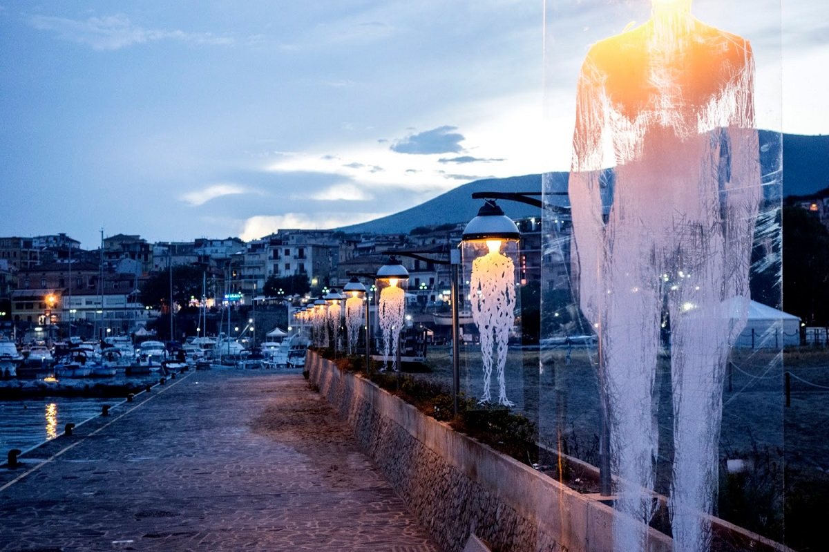 borondo-new-installation-in-marina-di-camerota-03