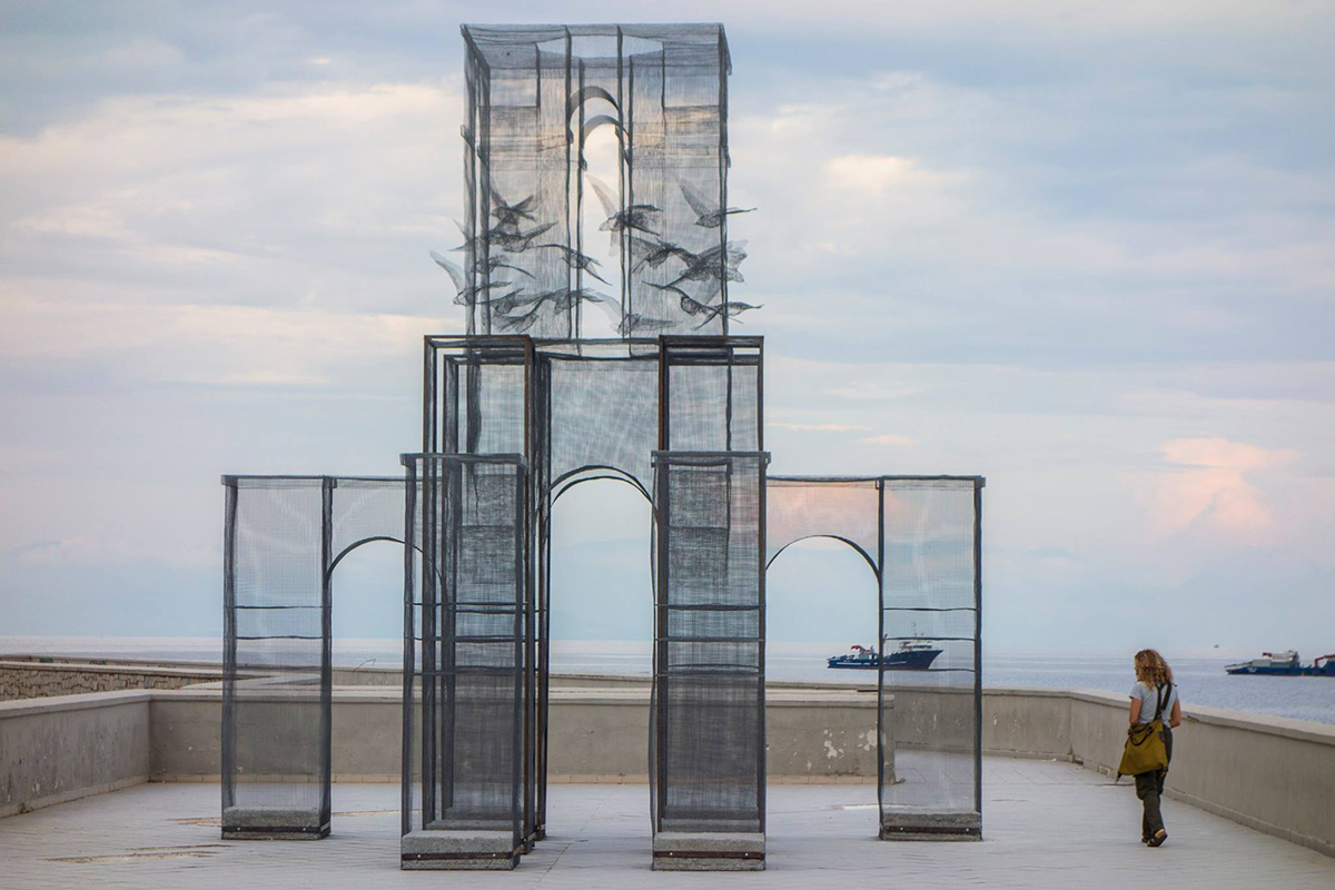 edoardo-tresoldi-new-installation-in-marina-di-camerota-01