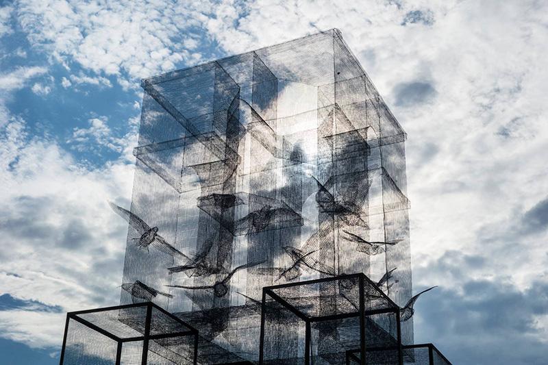 edoardo-tresoldi-new-installation-in-marina-di-camerota-02