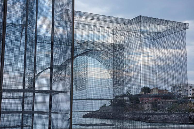 edoardo-tresoldi-new-installation-in-marina-di-camerota-05